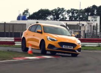 Το Ford Focus ST τα βάζει με το Honda Civic Type R (+video)