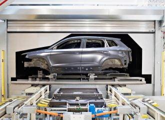 Η Ε.Ε. οδηγεί σε χρεοκοπίες αυτοκινητοβιομηχανιών!