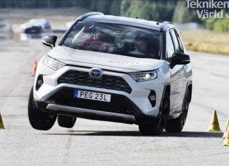 Νέα προβλήματα του Toyota RAV4 με τον «τάρανδο» (+video)