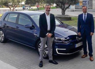 Ο Δήμαρχος Θεσσαλονίκης κυκλοφορεί με VW e-Golf