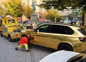 Κατάσχεση χρυσής BMW X5 γιατί έλαμπε πολύ!