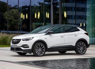Νέο Opel Grandland X PHEV 2WD 1.6 224 HP