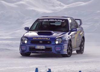 Παιχνίδια στα χιόνια με Subaru Impreza STi (+video)