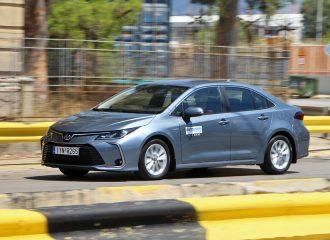 Δοκιμή Toyota Corolla Sedan 1.8 λτ. Hybrid