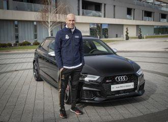 O Ζιντάν «μαγεύει» με Audi RS 3 Sportback