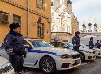 Περιπολικά Qashqai εμείς, 5άρες ΒMW στην Ρωσία