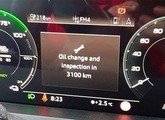 Ηλεκτρικό Audi ζητάει αλλαγή λαδιών!