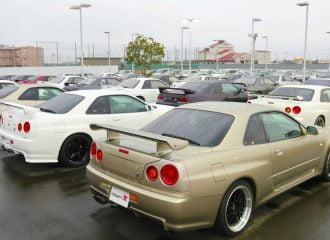 Μάντρα γεμάτη Nissan Skyline! (+video)