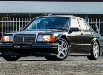 Θαυμαστή Mercedes 190E 2.5-16 Evo II είναι μαγεία