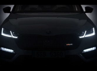 Η νέα Skoda Octavia RS μας «παίζει τα φώτα» (+video)