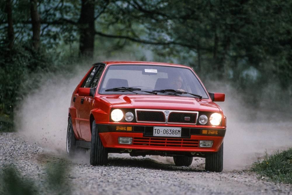 Lancia Delta: To άδοξο τέλος ενός θρύλου (+videos)