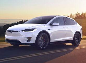 Tesla Model X με 600.000 χλμ. δεν έχει κάνει κιχ!