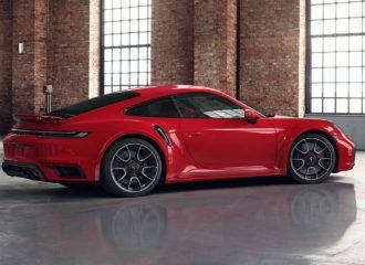 «Ανάφτρα» η νέα Porsche 911 Turbo S σε κόκκινο