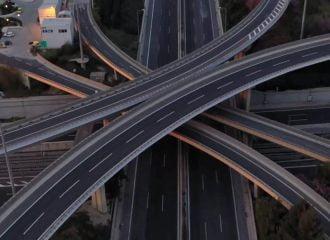 Βίντεο: Η ζωή στους δρόμους πριν και μετά τον κοροναϊό