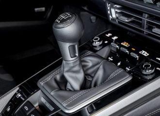 7 χειροκίνητες ταχύτητες για την Porsche 911