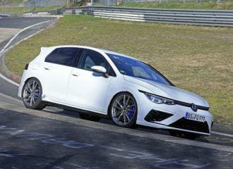 To νέο VW Golf R ορμάει στο Nurburgring