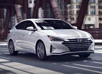 Θα αγοράζατε Hyundai Elantra με 13.390 ευρώ;