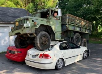 REO βασανίζει Saab 9-3 και VW Jetta (+video)