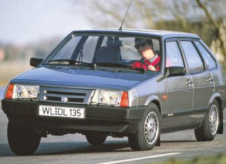 To Lada Samara είχε την φροντίδα της Porsche!