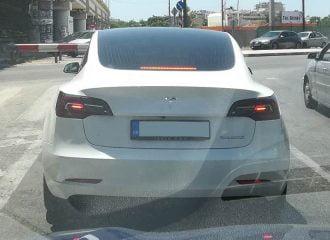Το Tesla Model 3 του Γιάννη Αλαφούζου!