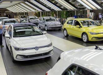 Η Γερμανία έχει στοκ αυτοκίνητα αξίας 14,8 δις ευρώ!