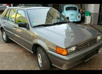 Ξεχασμένο Nissan Sunny του 1987 με 38.266 χλμ.