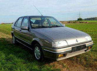 Βιτρίνα Renault R19 του '92 για 12.000 ευρώ!