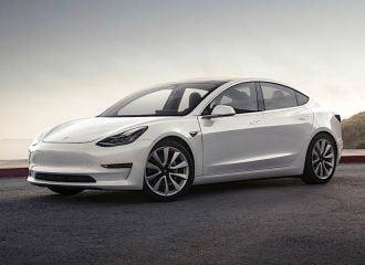 Πόσο κάνει το φθηνότερο Tesla στην Ελλάδα;