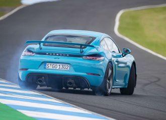 Η Porsche θέλει να σώσει τα ατμοσφαιρικά μοτέρ
