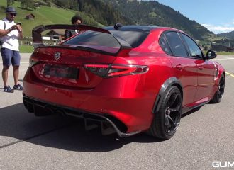 Alfa Romeo Giulia GTAm γκαζώνει και πωρώνει!