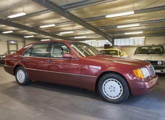 Με τα κεριά 600άρα Mercedes S-Class του 1991