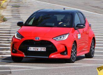 Οδηγούμε το νέο Toyota Yaris Hybrid