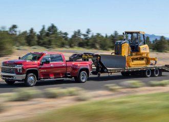 Το νέο Chevrolet Silverado ρυμουλκεί 16 τόνους!