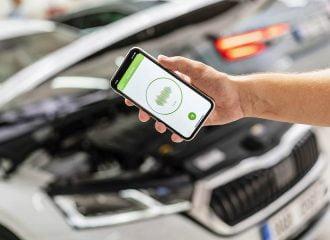 H Skoda θα εντοπίζει βλάβες από app στο κινητό