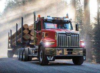 Το φορτηγό της Daimler λιώνει τους πάγους (+video)