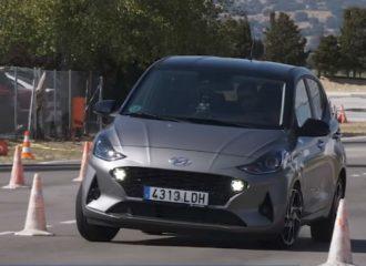 «Φυσέκι» το Hyundai i10 στον τάρανδο! (+video)