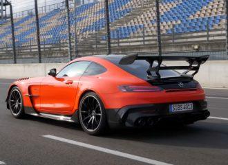 Η τρομακτική ορμή της Mercedes-AMG GT Black Series