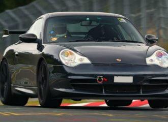 Τι κρύβει μια Porsche 911 GT3 με 300.000 χλμ.;