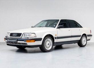 30 ετών «φάντασμα» Audi V8 με 218 χιλιόμετρα!