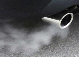 Τέλος ντίζελ και βενζίνη στη Βρετανία από το 2030!
