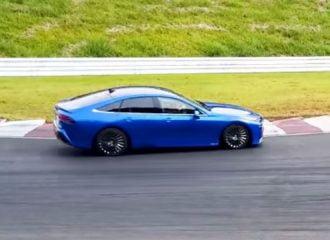 Πισωκούνα υδρογόνου το νέο Toyota Mirai (+video)