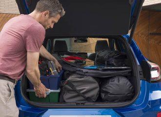 SUV με μεγαλύτερο και μικρότερο πορτ μπαγκάζ