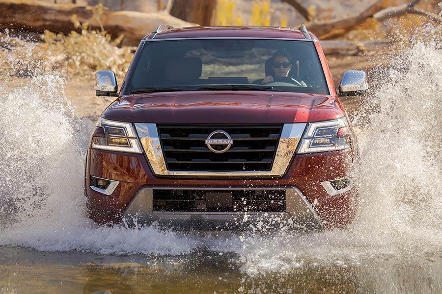 """Νέο """"XXL"""" SUV Nissan Armada 400 hp"""