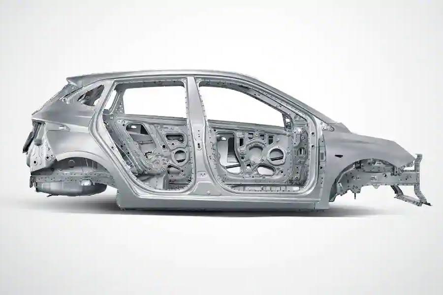 Ποια μάρκα κατασκευάζει αυτοκίνητα με το δικό της ατσάλι;