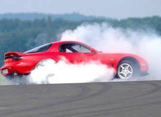 Η Mazda ξαναβγάζει ανταλλακτικά για το RX-7!
