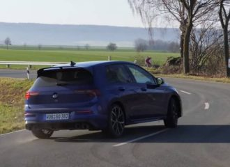 Το Drift Mode του νέου VW Golf R εν δράσει