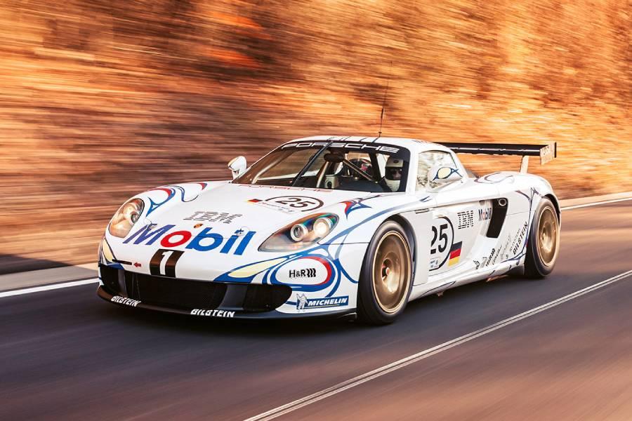 Η μοναδική Porsche Carrera GT-R προκαλεί ζάλη