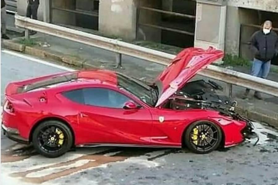 Πήγε τη Ferrari για πλύσιμο και την πήρε κομμάτια!