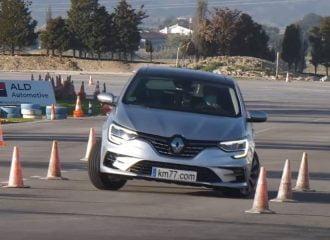 «Σεφ» το Renault Megane στον τάρανδο (+video)