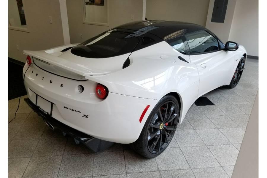 Lotus βρήκε αγοραστή μετά από 7 χρόνια στη βιτρίνα!